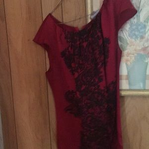 Red and black print Top. Worthington Top 2X